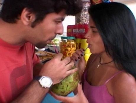 Lusty Latina Takes Her Licks