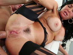 Veronica Avluv - Dick in Ass, Hand in Twat!