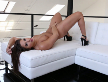 Bella Danger Gets Anal and Lots of Attention
