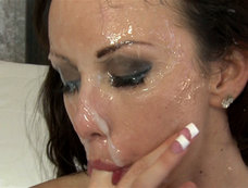 Jennifer White's Bukkake Gang Bang for Massive Facials