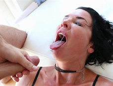 Veronica Avluv Keeps Squirting and Squirting