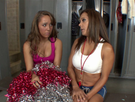 Elle Milano and Francesca Le - Locker Rooms are for Sweating
