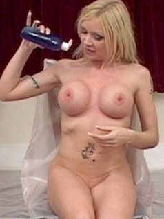 Samantha Bond