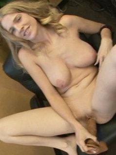 Lynna Fox