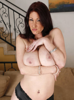 Watch all Tiffany Mynx Videos on dansmovies