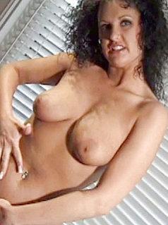Michelle Raven