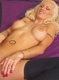 Nikki Hot